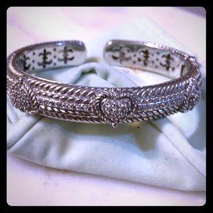 Juditha Ripka bracelet